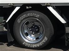 キャンターJET INOUE ステンレスナットキャップ & 丸型ハブナットカバー & ソフト99 タイヤマーカーの単体画像