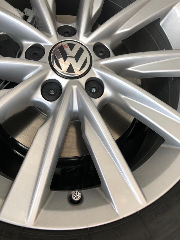 VW  / フォルクスワーゲン純正 Valve Stem Cap/エアバルブキャップ (VW)
