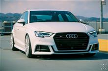 A3(セダン)Audi純正(アウディ) US純正 S3 グリルの全体画像