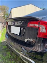 S60CARBON FIBER WORKS Polestar style rear deck lid spoiler for S60の全体画像