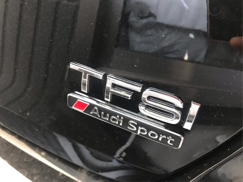 Pilot Automotive XTREME Emblem