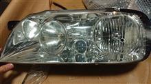 プラウディア三菱自動車(純正) ヘッドライトの単体画像
