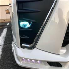 ヴォクシー ハイブリッドROWEN JAPAN(TOMMYKAIRA JAPAN) フロントスポイラー with LEDスポットの全体画像