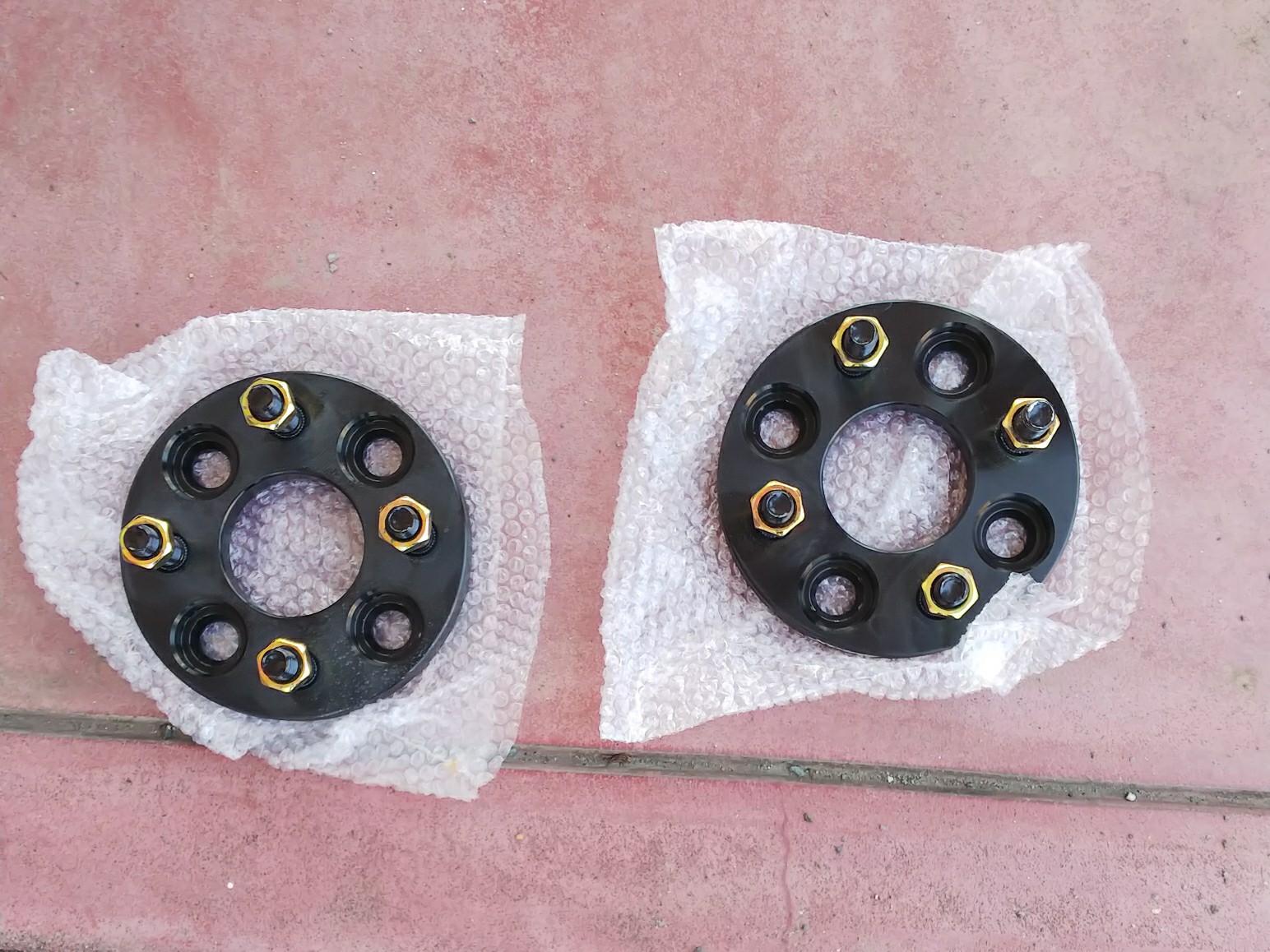 Durax ワイドトレッドスペーサー 15mm 100-4H-P1.5 ナット付 黒