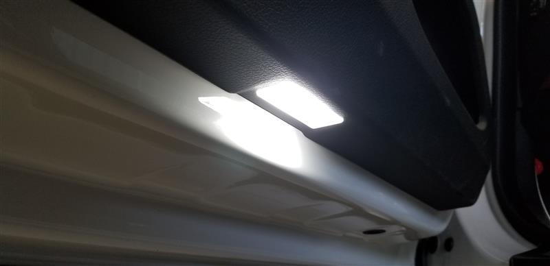 EALE Premium Auto Parts LED