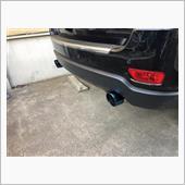 RIDERS HOUSE ジープ グランドチェロキー WK2 マフラーカッター 100mm ブルー 耐熱ブラック塗装