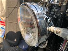 SR400ヤマハ(純正) ヘッドライトの全体画像