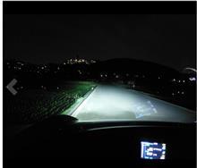 M2 クーペメーカー・ブランド不明 プロジェクターLEDヘッドライトLEDバルブの全体画像