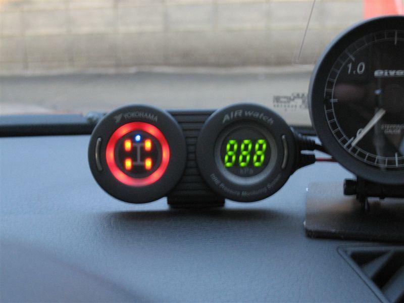 AIR watch タイヤ空気圧モニタリングシステム