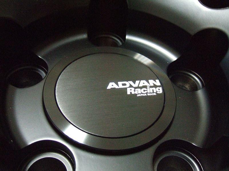 ADVAN Racing センターキャップ