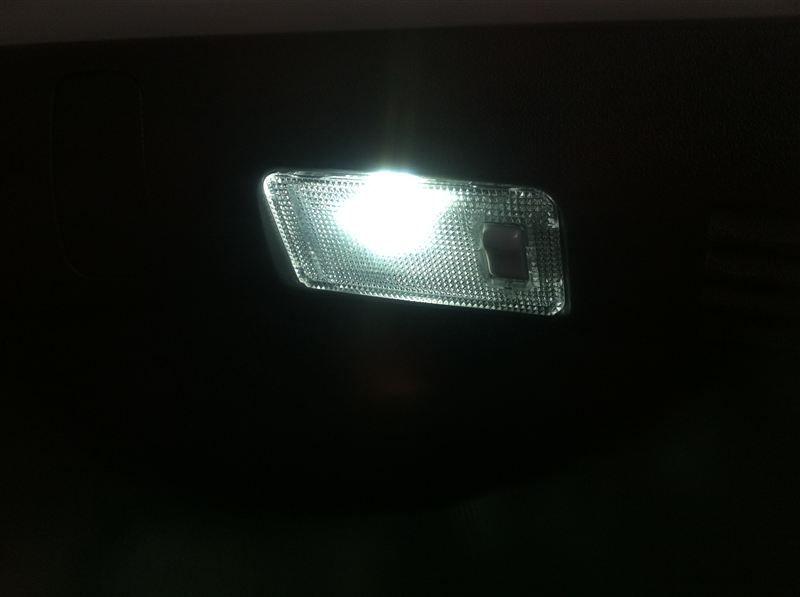 LED ラゲージルームランプ タイプ(サイズ)不明