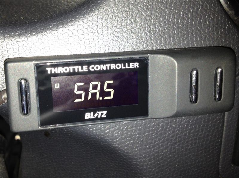 BLITZ THROTTLE CONTROLLER FULL AUTO PLUS