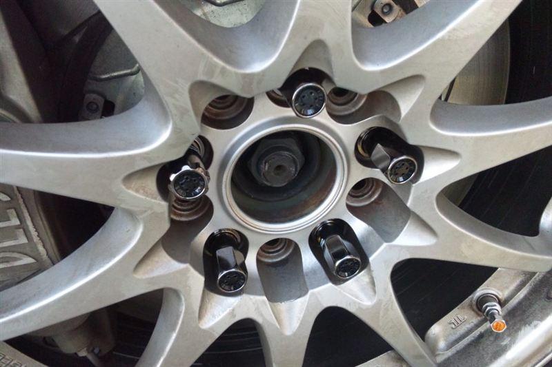 KicS Racing geaR レーシングコンポジットR40(クラシカル) ロック&ナットセット