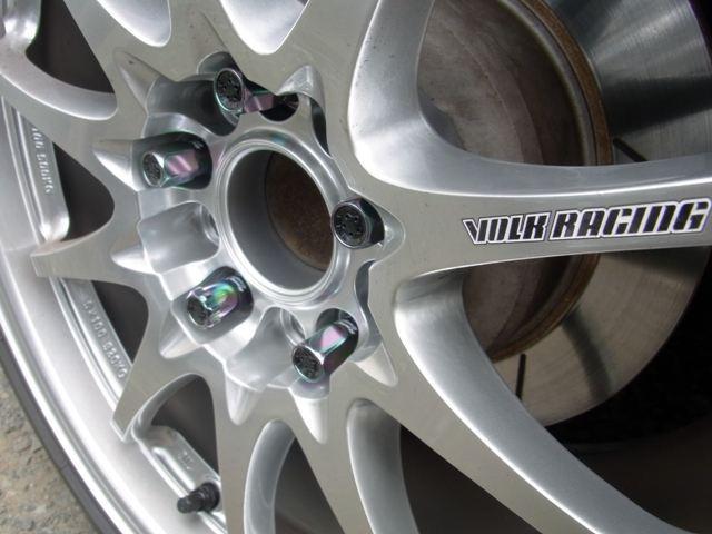 KicS Racing geaR レーシングコンポジットR40(ネオクロ) ロック&ナットセット