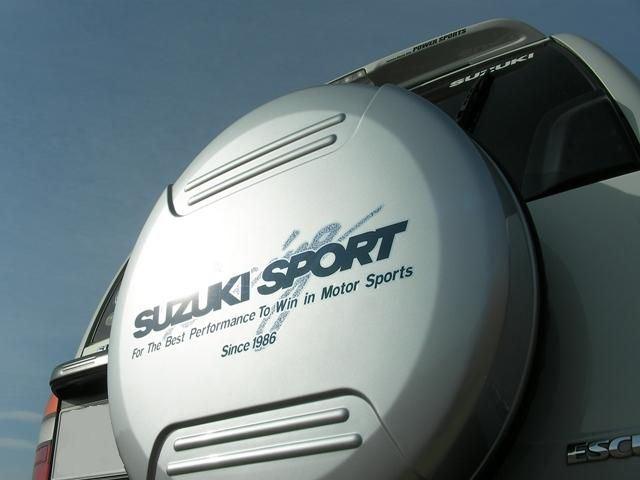 SUZUKI SPORT Racing 樹脂成形タイヤカバー