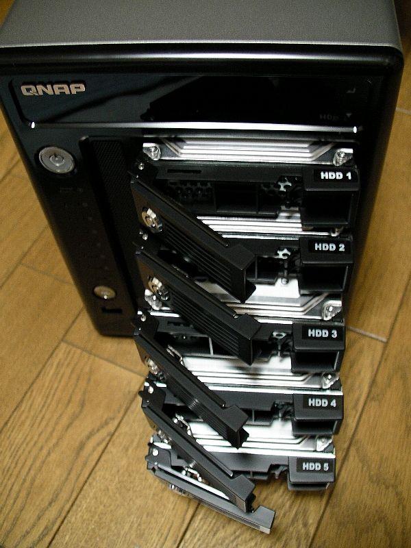 QNAP TS-509 pro、HDDは5台まで