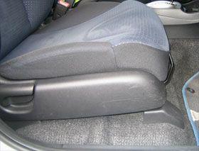 Honda Fit G (GE6) 着座位置が高い
