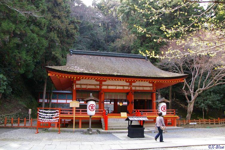 ところどころにある神社を参りつつ。。。<br /> <br /> これは白峰神社。
