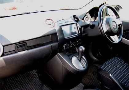 マツダ デミオ(Mazda Demio 13C DE3FS) インテリア