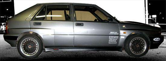 Lancia Delta HF Integrale 16v Side
