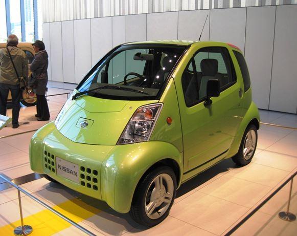 『ハイパーミニ』<br /> 2000年に発売された超小型EV。