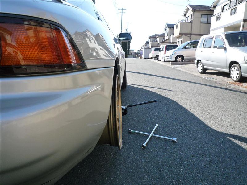 タイヤ履かせたら絶対納まりませんね。<br /> <br /> このオフセットはムリだ・・・。