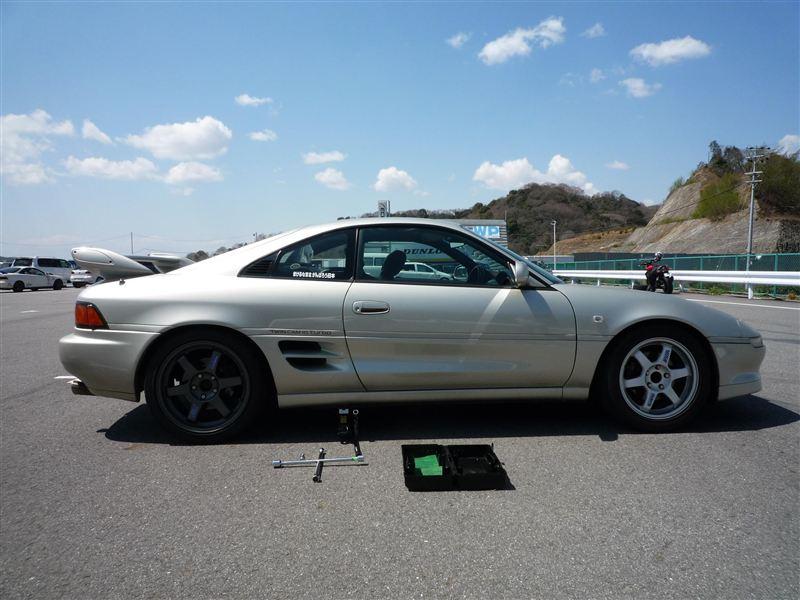 幸田CA第3戦終了後、5号艇さんのリヤタイヤを履かせてもらいました。