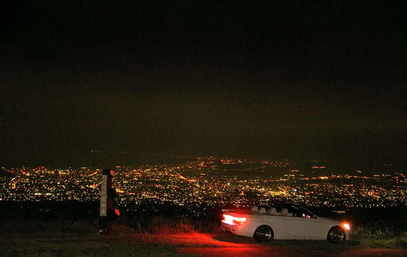 滝知山の夜景