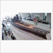 やはり目玉は1/10戦艦大和!<br /> 全長263mの1/10は26.3m・・・ちょっとした漁船より大きいじゃねーか!!<br /> 海上保安庁のCL艇よりデカいな・・・。