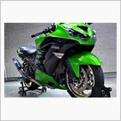 Kawasakiのメガスポーツ ninjya ZX-14Rのガラスコーティング【リボルト高崎】