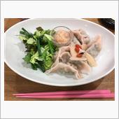レストランの餃子もピンクの……新生姜味(^^;