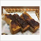 能登半島の輪島で、ナゼか名古屋メシの小倉トーストを頂きました(^^;