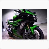 激レア!Kawasaki・Ninja H2 SX SEのガラスコーティング【リボルト川崎】