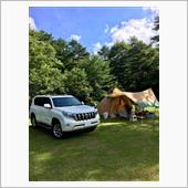 キャンプとプラドは画になります。
