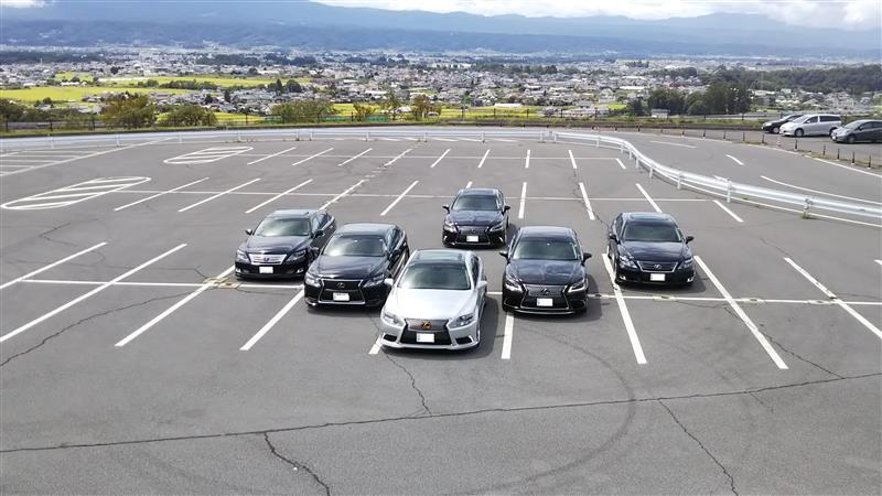 今回は第2回のオフ会があったので長野県に行ってきました!<br /> 朝5時ころ出発し10時30分頃に着きました。集合時間は11時30分だったので1番乗りだと思ったらmarunekoさんとone-pieceさんが来てましたww<br /> <br /> 当日は小雨だったのですが皆集合したら晴れて来ました!きっとこの6人の中に晴れ男が居るようですwwまぁもちろん僕だと思いますがww