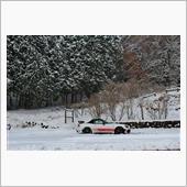 冬タイヤに履き替えて初雪にまみれる❄