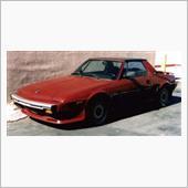 '87 X1/9、USAからの平行輸入車です。