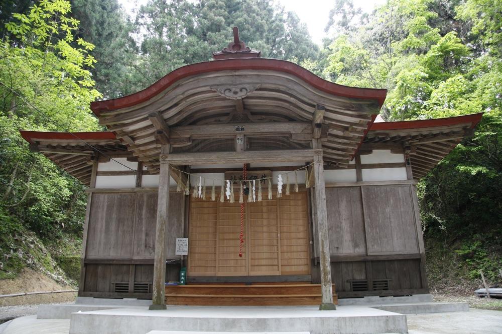 井伊神社(長岡市・旧与板町)  ...