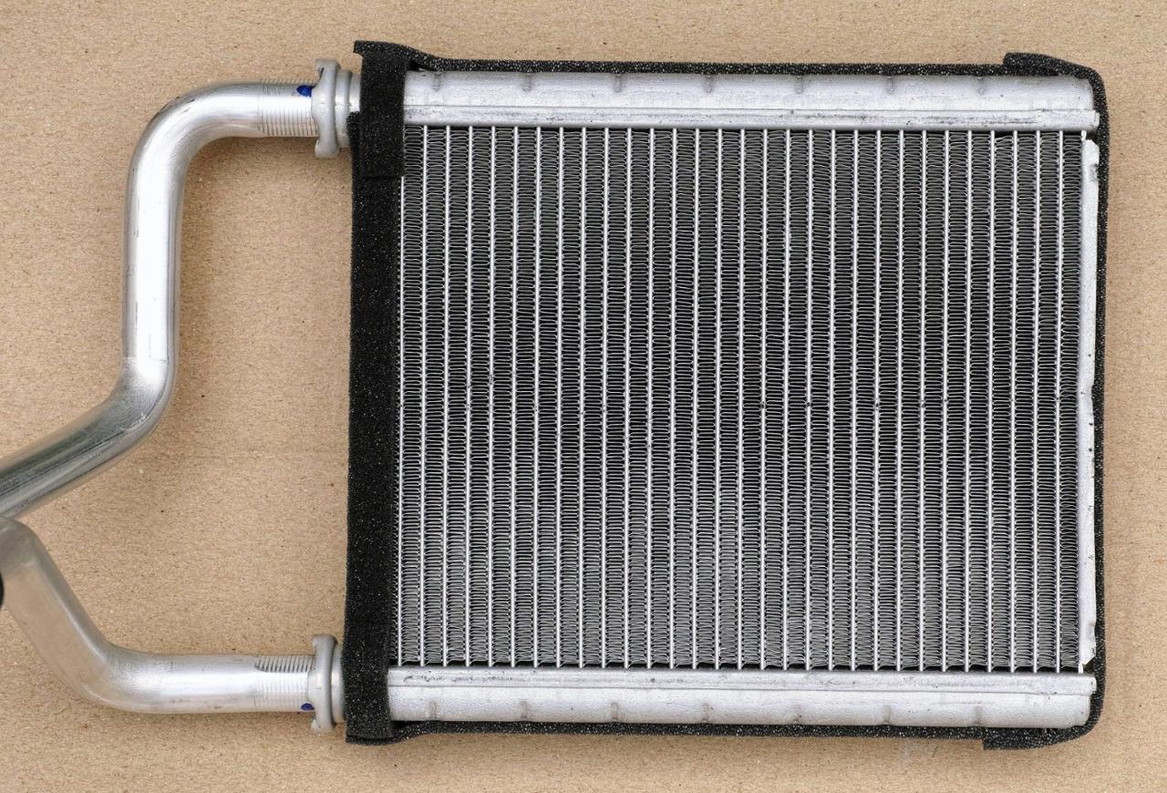 ダイハツ純正 , 寒冷地仕様車用 ヒータラジエターユニット 87107-B2020