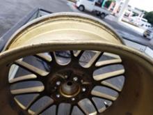 レガシィツーリングワゴンRAYS VOLK RACING SE37Aの単体画像