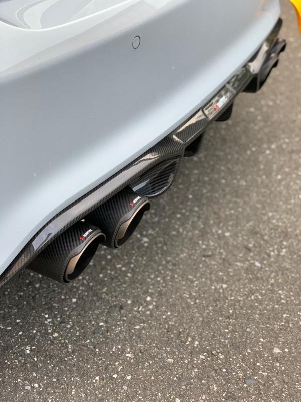 AKRAPOVIC Slip-on exhust system