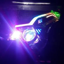 ADV150海外製 カスタムヘッドライトの全体画像