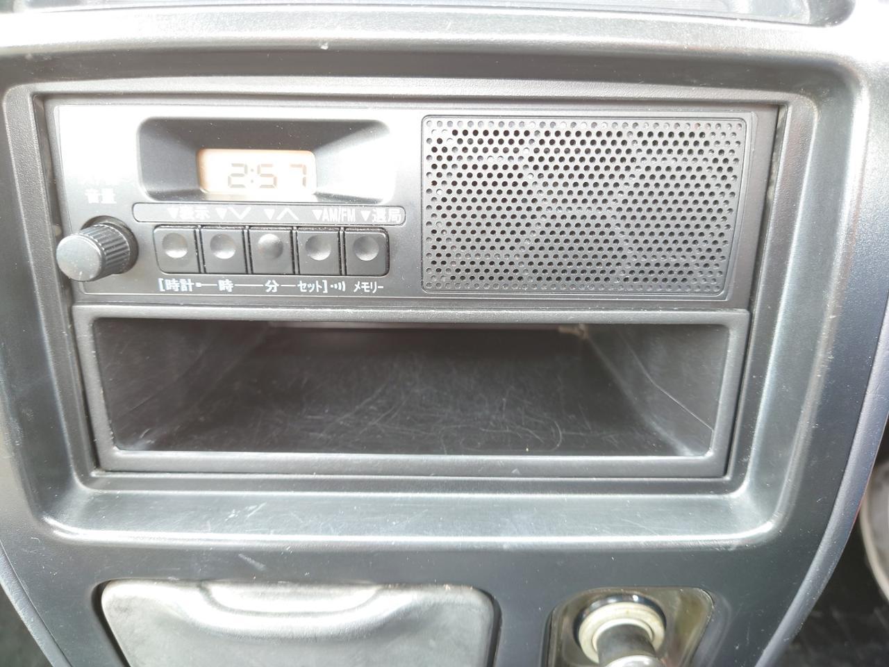 ダイハツ(純正) AM FM 1スピーカーラジオ