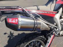 WR250Rヨシムラ スリップオン RS-4Jサイクロン カーボンエンド EXPORT SPEC 110-338-5P80Bの単体画像