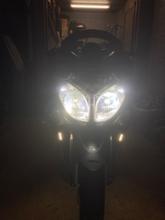 TMAX不明 LEDヘッドライト H4 Hi/Lo 切替 車検対応 防水 6000LM 3年保証 q10 ポン付け 12V/24V車対応 一体式 6500K 20W ホワイト 1本の全体画像