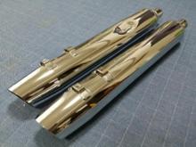 ロードグライドハーレーダビッドソン(純正) ハーレー純正 北米仕様マフラーの単体画像