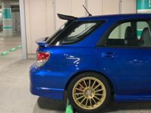 インプレッサ スポーツワゴン WRXRacing Product Group Inc. Carbon Upper Extension Add-on Spoiler Wingの単体画像