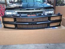タホGM(純正) GM1200239 1994-1998 Chevrolet C/K grillの全体画像