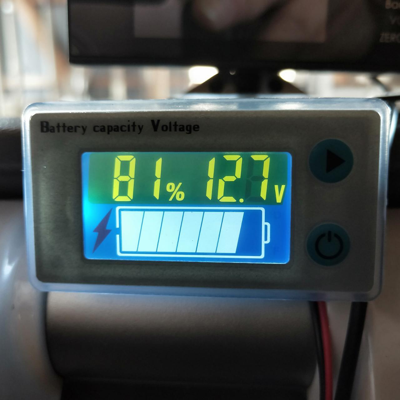 非公認 ユニバーサルバッテリ容量電圧計