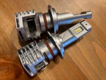 モンスター1200SNOVSIGHT LEDヘッドライトの単体画像